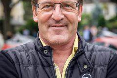 foto-20-jahre-jubilaeum-jockel-winkelhock-rennfahrer-bei-opel-6