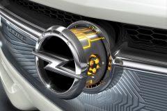 foto-50-jahre-opel-elektromobilitaet-elektroauto-36