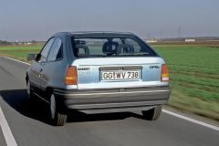 foto-opel-kadett-e-impuls-I-elektroauto-7