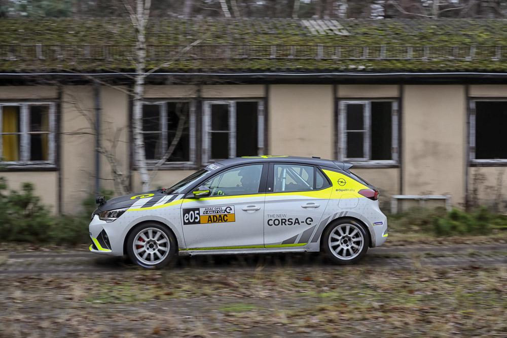 foto opel corsa-e im adac e-rally cup