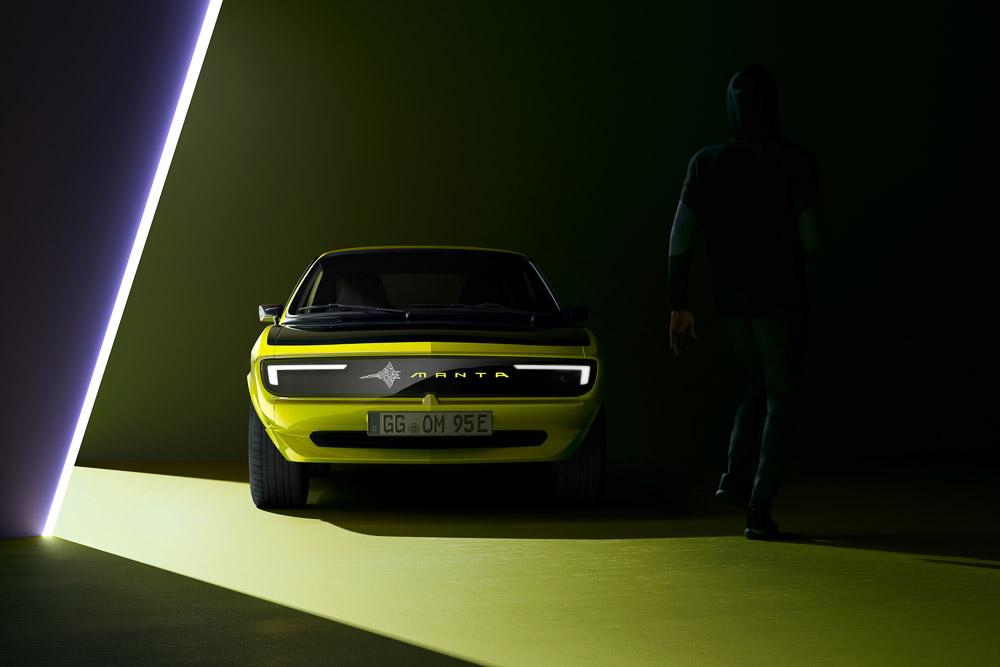 foto opel manta gse elektromod mit pixel vizor gesicht