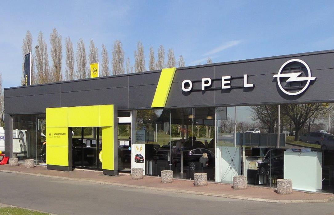 foto opel autohaus geöffnet corona notbremse