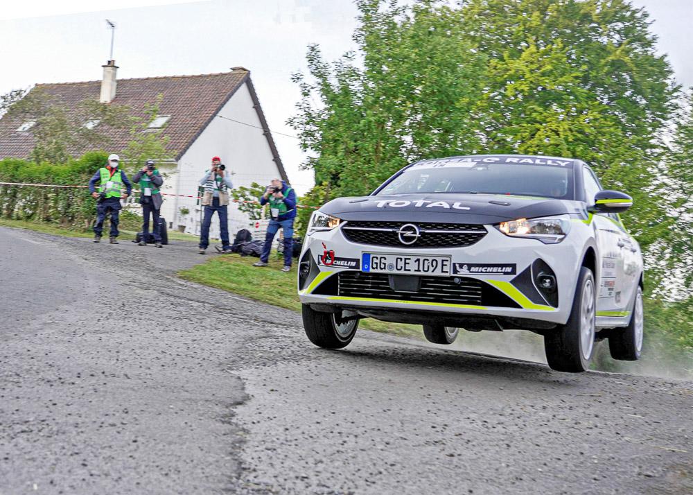 foto opel corsa-e rally cup