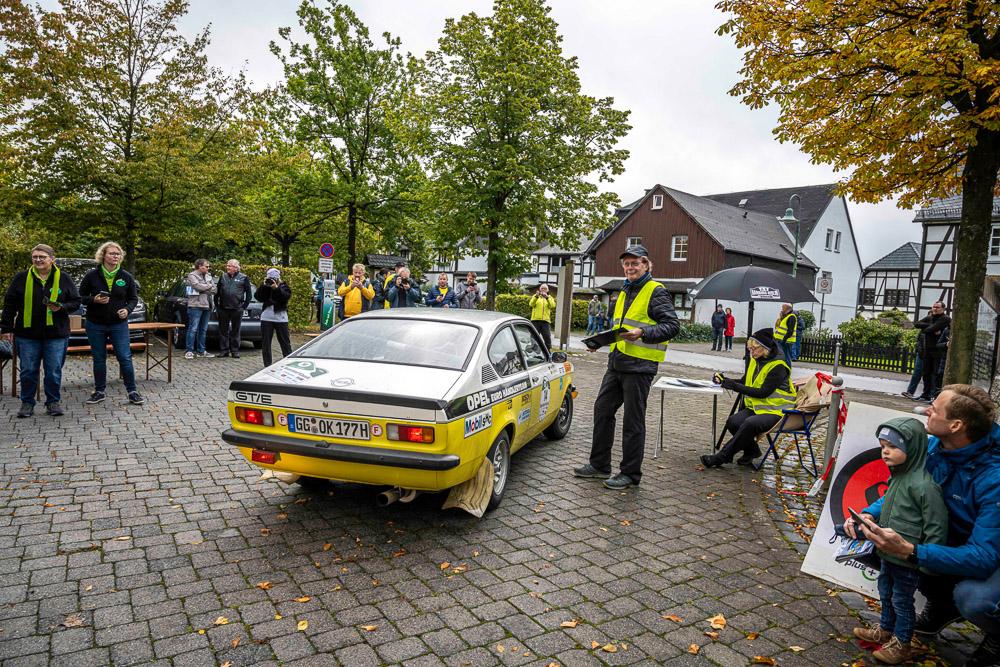 foto opel classic sauerland klassik rallye mit winkelhock im Kadett